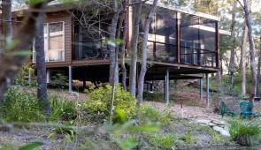 Cabins, B&B Rooms & Suites